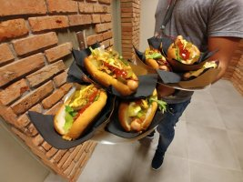 Hot dogi w Link4