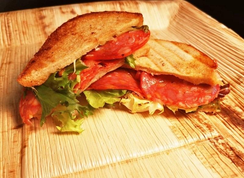 Panini z salami - mobilny catering